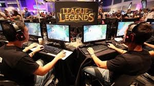 dota 2 vs league of legends updating the numbers