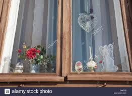 Fensterdekoration Stockfotos Fensterdekoration Bilder Alamy