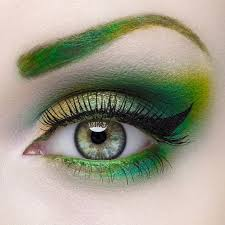 makeup green w gold green eyebrow venomous eyes this will be perfect with my lavender hair