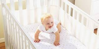 9 Safe Crib Bumper Alternatives for 2018 - Best Mesh Crib Liners ...