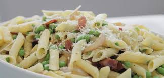 gluten free pasta with bacon and peas