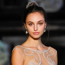 fall makeup is usually filled with darker and dramatic colors but according to last year s autumn winter bridal fashion week you can play with a variety