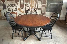 expandable round table with leaves