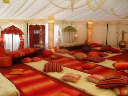 Decorating: Distinctive Moroccan Party Decor In Traditional Moroccan Tent - Moroccan  Decor Diy