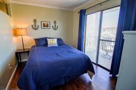 1 Bedroom Condo