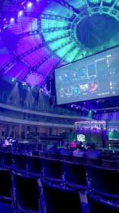 as esports explodes will valve s dota 2 be left for dead