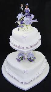 Wedding Cakes Pictures Heart Shaped Wedding Cakes