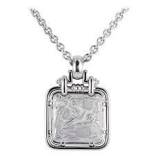 carrera y carrera white gold horse design pendant for