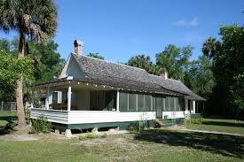 Vintage Farmhouse Florida Cracker Style HouseFlorida Cracker Houses