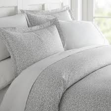 becky cameron vine trellis patterned performance gray queen 3 piece duvet cover set ieh duv vtr q gr the home depot