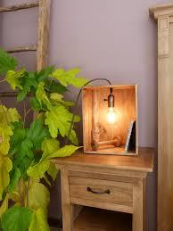 Scaffali a caselle : Creare una lampada con una scatola di legno! 17 idee ispiratrici