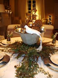 christmas centerpieces for dining room tables. Christmas Table Decorations For Entertaining Ideas \u0026 Party Themes Centerpieces Dining Room Tables M