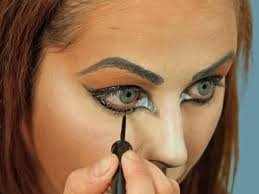 cat makeup with shimmer