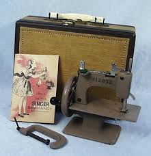 Singer Travel Sewing Machine