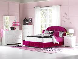 Modern Queen Bedroom Set Bedroom Modern Queen Bedroom With Interior Brown Wooden