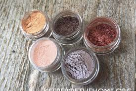 how to make your own natural makeup diyfriday with video 11