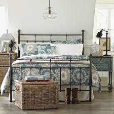 Bedroom Ideas With Metal Beds