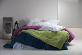 Quilt, Comforter, Duvet or Bedspread: What's the Difference? &  Adamdwight.com