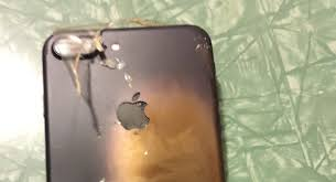 boom un iphone ar fi explodat icirc n vreme ce era livrat spre client un iphone 7 ar fi explodat icircn vreme ce era livrat spre client