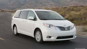Toyota Sienna proves why minivans often trump SUVs and crossovers ...