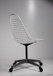 i believe this is considered a pkc chair a nice early edition acquired with a