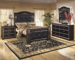 Mansion Bedroom Furniture Coal Creek Queen Uph Mansion Footboard B175 54 Footboard