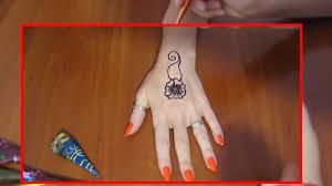 подарок маме мехенди своими рукамикак рисовать тату хнойвидео для девочекdiyидеи рукоделия