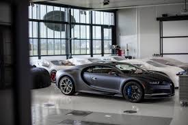 The cars were known for their design beauty and for their many race victories. 現在訂要等到2022年 Bugatti Chiron第200台下線 Carstuff 人車事