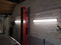 Fluorescent Garage Lights Best Garage Lighting 2020 Ideas For Led Workshop Lights