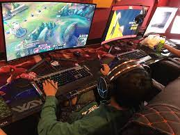 Nhím Gaming: Phòng máy siêu anh hùng vừa 'giáng thế' tại Quận 7 | Phòng máy  | Game