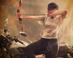 A bit of motorcycle archery with a Mad Max - Furiosa aesthetic. Whether  you're one of those amazing people who makes all … | Portrait photography,  Cosplay, Portrait