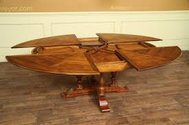 table sections open showing leaves inside of table