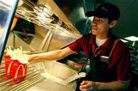 McDonald's phasing out <b>super</b>-size fries, drinks - <b>Business</b> - US ...