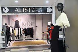 A List Designers Boutique Keeping Up With A List Cum A Fost La A List Designers