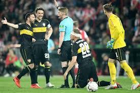 Nach einem blitztor der gastgeber hilft ein elfmeterpfiff. Bundesliga Tenu En Echec Par L Union Berlin Le Vfb Stuttgart Est Relegue L Equipe