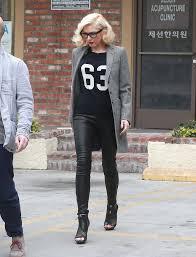 gwen stefani in j brand l8001 leather leggings in black