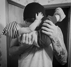 Pin by Alysha Peterson on Beautiful   Men and babies, Daddy baby ...