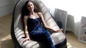 Надувное <b>кресло</b> с пуфиком - YouTube