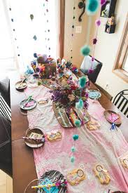 Dream Catcher Baby Shower Decorations Fun tablescape from this Dream Catcher Craft Night Party with So 11
