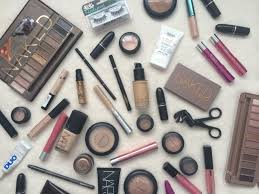 what s in my holiday makeup bag