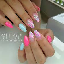 Almond Shaped Nail Designs Pretty Almond Shaped Nails Nail Art With Glitter Summer