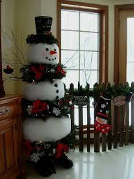 29 Fun Snowman Christmas Decorations For Your Home
