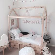 soft-purple-kids-canopy-bed