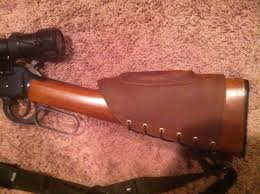 leather cheek riser pad for weatherby vanguard series ii image jpg