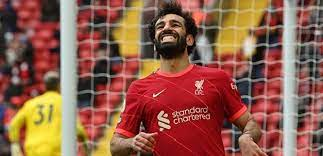 صحيفة إنجليزية تلمح إلى رحيل صلاح عن ليفربول وتكشف السبب