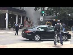 Car on fire in Chicago - YouTube