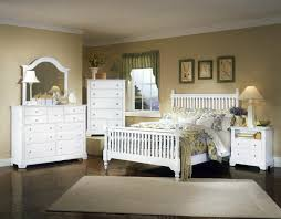 Mirrored Bedroom Dresser Vaughan Bassett Cottage Triple Dresser And Mirror Wayside