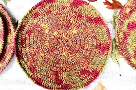 Free Crochet Placemat Patterns Extraordinary Autumnplacematsfreecrochetpattern48 Olives Okra