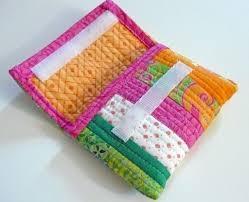 6 Small Quilted Gifts to Make for Anyone on Your List & Gifts for the techie Adamdwight.com