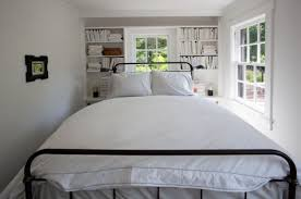 Extremely tiny bedroom Bedroom Ideas View In Gallery Homedit How To Deal With Small Bedroom